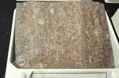 Rocha sedimentar de mármore do chocolate foto de stock royalty free
