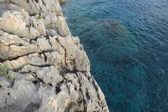 Rocha subaquática no mar de adriático Fotos de Stock