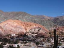 Rochas coloridas em Argentina fotografia de stock royalty free