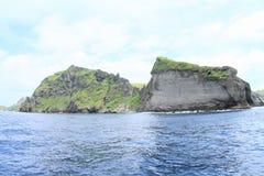 Rochas da ilha de Komodo foto de stock