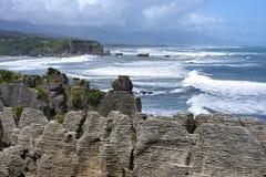 Rochas da panqueca de Punakaiki, Nova Zelândia Imagem de Stock