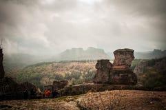 Rochas de Belogradchik na névoa Imagem de Stock