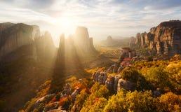 Rochas de Meteora em Grécia fotos de stock