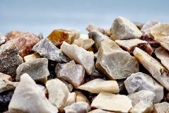 Rochas de quartzo do arco-íris Fotos de Stock Royalty Free