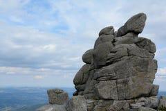 Rochas de Sloneczniki em montanhas de Karkonosze Foto de Stock