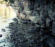 Rochas e mar. fotos de stock royalty free