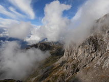 Rochas e nuvens Imagens de Stock Royalty Free