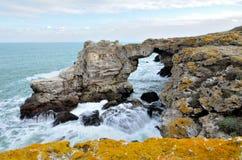 Rochas e paisagem do Mar Negro Fotos de Stock Royalty Free