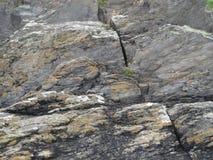 Rochas litorais irlandesas foto de stock