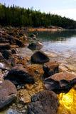 Rochas na costa do louro Georgian imagens de stock