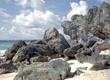 Rochas na praia de Bermuda fotos de stock