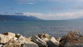 Rochas no lago Foto de Stock Royalty Free