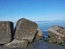 Rochas no mar Imagem de Stock