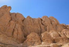 Rochas perto do templo de Hatshepsut Foto de Stock Royalty Free