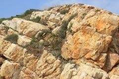 Rochas resistidas em uma ilha desinibido em SHENZHEN, CHINA, ÁSIA Fotografia de Stock Royalty Free