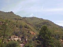 Rochas vermelhas de Sedona no vale da angra do carvalho Fotos de Stock Royalty Free