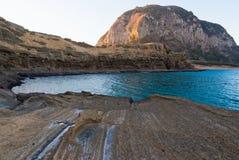 Rochas vulcânicas da costa natural famosa de Yongmeori do monumento Fotos de Stock