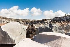 Rochas vulcânicas em uma pedreira siciliano Imagem de Stock