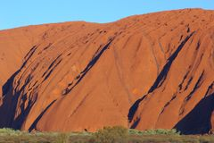 Roche d'Uluru Ayers au coucher du soleil dans la fin  Photo stock