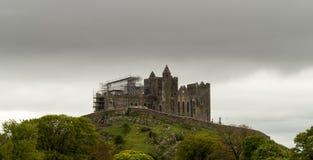 Roche de château Irlande de Cashel image stock