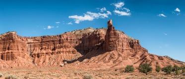 Roche de cheminée de récif de capitol en Utah Photographie stock libre de droits