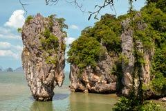 Roche de Ko Tapu sur James Bond Island, baie de Phang Nga, Thaïlande Images libres de droits