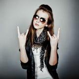 Roche de l'adolescence de fille Image stock