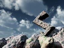 Roche de Rune sous le ciel bleu nuageux Photo stock