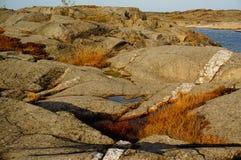 Roche en place blanche et grise dans Stangnes, Norvège Images stock