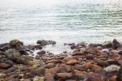 Roche et rivière Photo libre de droits