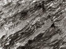 Roche humide, formations en pierre images stock