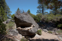 Roche-monstre de traînée du ` s Rubicon du lac Tahoe Photo stock