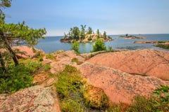 Roche rouge au Canada d'Ontario de baie géorgienne Image libre de droits