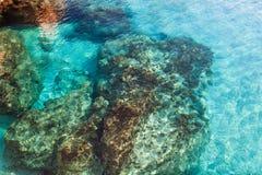 Roche sous-marine Photos libres de droits