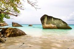 Roche sur l'île similan Photo libre de droits