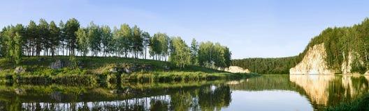 Roche sur le fleuve Neiva Photos libres de droits