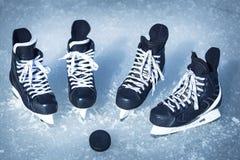 Rochen für Wintersport im Freien auf dem Eis Lizenzfreies Stockbild