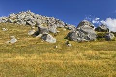 Rochers à la colline de château Images libres de droits