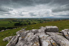 Roches à la colline de Wolfscote Image libre de droits