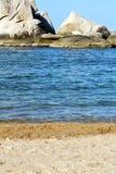 roches d'île de baie de littoral les grandes moussent la mousse Thaïlande Photographie stock libre de droits