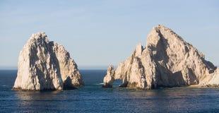 Roches d'extrémité de cordons dans Cabo San Lucas Image libre de droits