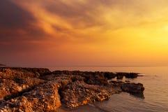 Roches de coucher du soleil Image libre de droits
