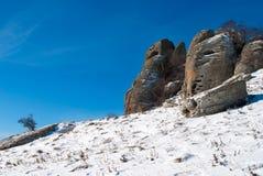 Roches de Dimerdzhi en hiver Photo stock