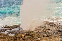 Roches de lave à l'île d'Espanola dans Galapagos Photos stock