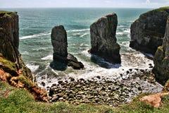 Roches de Stackpole, sud du pays de Galles, Royaume-Uni Image stock