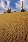 Roches de Yeibichei et sables de désert Images libres de droits