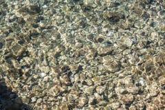 Roches en eau de mer Photographie stock