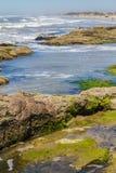 Roches en plage de Guarita chez Torres Photographie stock