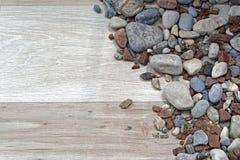 Roches et bois Images stock