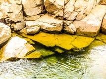 Roches et eau Photo libre de droits
